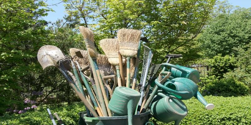 Entretenir ses outils de jardin consomouslim for Entretenir jardin